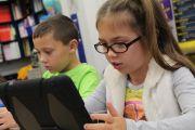 Educació posa en marxa el pla perquè tots els alumnes de Catalunya tinguin accés a l'aprenentatge en línia